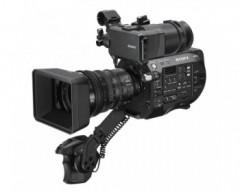 Sony PXW-FS7 II 4K Super 35mm CMOS Sensor Camera con SELP18110G