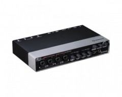 Steinberg UR44 6x4 USB 2.0 Audio Interface 24-bit/192kHz