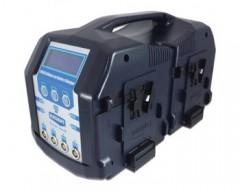 BLUESHAPE CVS8X Studio charger Vlock batteries. Charges 4 batteries simulatenous + 4 sequentially 4Ah / channel