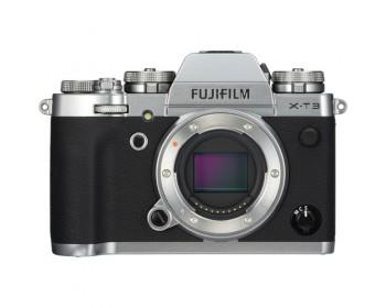 FUJIFILM X-T3 Mirrorless Digital Camera Silver
