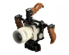 CAME-TV ZCAM-K4: Cage plus 2 wooden handles