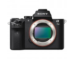 Sony Alpha a7 II Mirrorless Digital Camera (Solo Corpo)