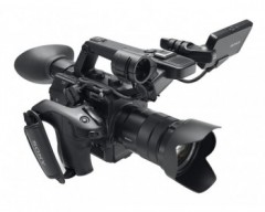 Sony PXW-FS5K XDCAM Super 35 Camcorder portatile con ottica SELP18105G