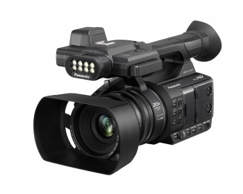 Panasonic AG-AC30 Full HD Camcorder con Touch Panel LCD Viewscreen e Built-In LED Light